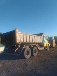 Caçamba - transportes - terra preta - areia - serra gaúcha