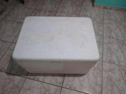 Caixa de isopor grande