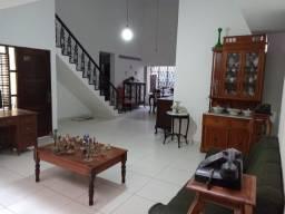 Tambauzinho Casa com 3 suítes, 4 vagas de garagem