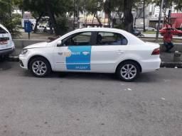 Vendo ,carro Voyage 2018  confortlane   com praça de Recife