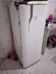 Vendo geladeira e fogão