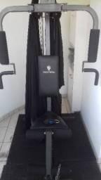 Estação de musculação gonew