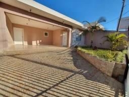Casa à venda no bairro Uvaranas - Ponta Grossa/PR