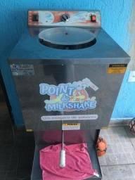 Título do anúncio: Máquina de fabricar sorvete e açaí