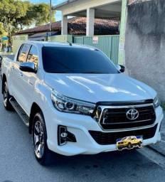 HILUX SRX 33mil km revisão de 30 mil feita na Toyota