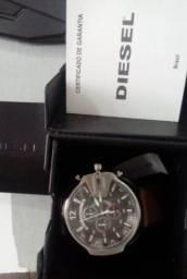 Relógio Diesel Masculino Mega Chief Cronógrafo ( no precinho )