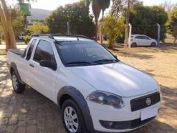 Vendo Fiat strada 1.4  CE 8v flex  2010