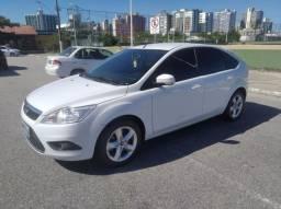 Ford Focus 1.6 - 50.000 km - Muito novo 2013