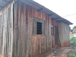 Título do anúncio: Lote com casa de madeira 7×15 mt 80 mil