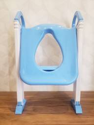 Título do anúncio: Assento redutor com escada infantil