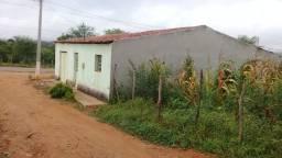 Casa vendo ou troco em carro ou terreno grande.