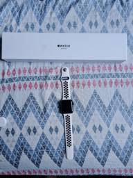 VENDO APPLE WATCH SERIE 3