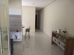 Casa 2 quartos 1 suíte com planejados garagem coberta