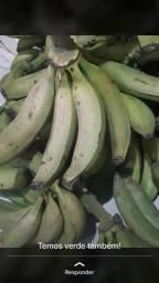 Vende se banana comprida