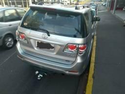 Toyota SW4, modelo SR, Flex, 7 lugares - 2015