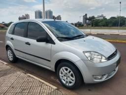 Fiesta hatch 1.6 completo - 2005