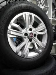 Rodas Fiat Adventure aro 15 com pneus
