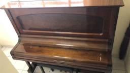 Piano Nardelli