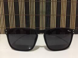 (Aceito cartão) Óculos solar unissex Quadrado, lente: Preta - Estilo Oakley