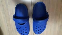 Crocs azul