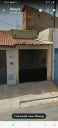 Aluga-se casa na avenida Dr.tenberg 1158