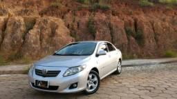 Corolla GLI 1.8 Mec Prata Completo + Couro - 2011