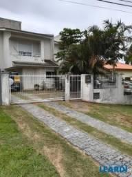 Casa à venda com 3 dormitórios em Rio tavares, Florianópolis cod:595033