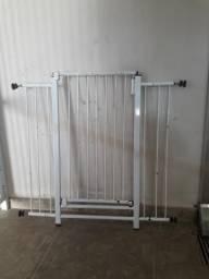 Portão para Portas e escadas