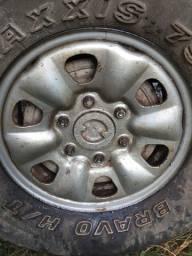 Jogo de rodas 15 com 6 rodas e pneus