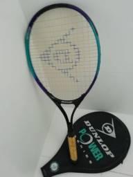 Raquete de ténis sem uso