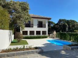 Linda casa em condomínio com 5 suítes - Financiamento direto com o proprietário