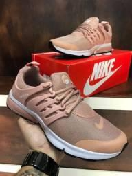 Tênis Nike presto $150,00