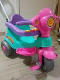 Triciclo infantil / Motoca