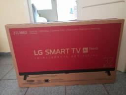 Vendo Tv LG Nova na caixa como mostra as fotos