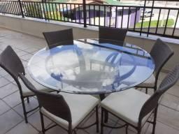 Mesa com cadeiras para área externa