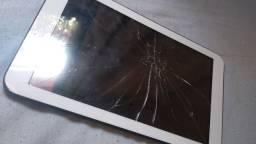 Tablet Multilaser M9 para retirada de peças