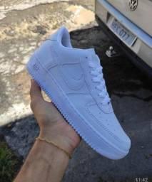 Tênis Nike Air Branco (Frete Gratis)