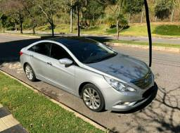Hyundai Sonata 2012 / Parcelo