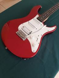 Guitarra Stratocaster Yamaha Pacífica 012