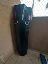Saco de boxe conservado