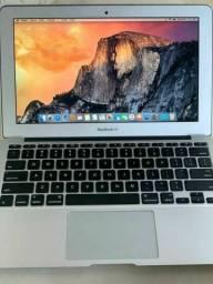 Apple Macboook