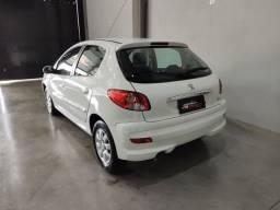 Título do anúncio: Peugeot 207 XR 1.4 - 2012