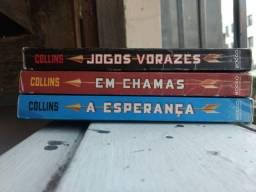 Título do anúncio: Trilogia Jogos Vorazes (Usado)
