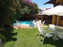 Vendo maravilhosa casa em Praia do Forte, lugar turístico de praia, muito bem frequentada