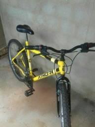 Bicicleta muito NOVA com documento