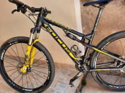 Bicicleta FOCUS SUPERBUD 29R FULL
