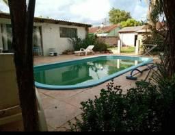 Casa 2 quartos com piscina aquecida
