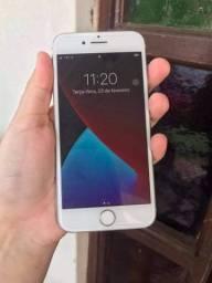 IPhone 8 em ótimo estado funcionando perfeitamente