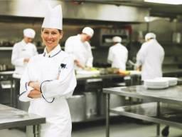 Cozinheira (o)