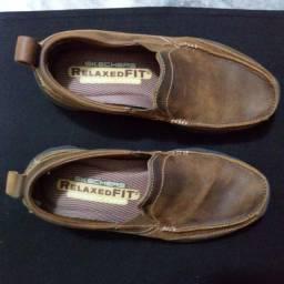 Sapato Skechers Tamanho 38